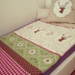 Für den nächsten Wiesn-Tag ausruhen in einer Hirsch-Bettwäsche.