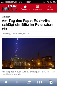 Am Tag des Papst-Rücktritts schlägt im Petersdom ein Blitz ein. Zeichen Gottes oder Naturereignis? (Quelle: Screenshot - Focus online)